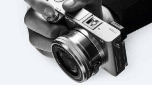 【レビュー】 SONYのミラーレス「α6000」ミドルクラス一眼としておススメカメラ